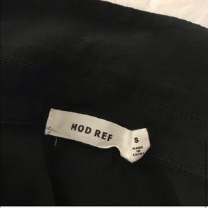 Mod Ref Tops - Mod Ref black tie front crop shirt size small